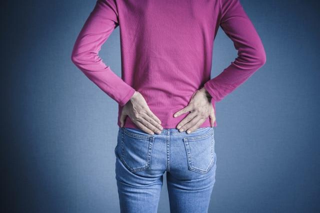 背中の痛みの画像